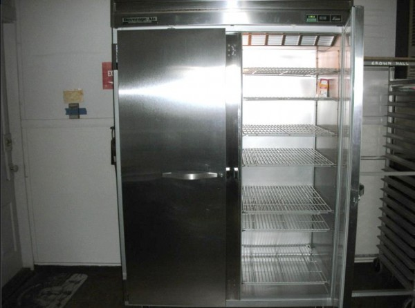 Large refrigerator and cooling racks